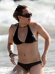 Hilary Duff  tits are looking awesome in bikini