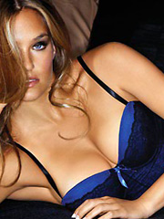 Bar Refaeli her hotness is on a rampage