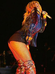 Fergie shaking her sexy booty on stage