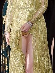Emma Stone Upskirt at Academy Awards 2015 !