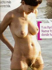 Elena Anaya naked caught on the beach