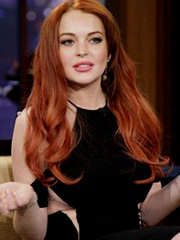 Lindsay Lohan oops sideboob peek on leno
