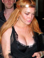 Lindsay Lohan flaunts some major cleavage