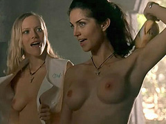 Tanja Reichert topless lesbian kissing scene
