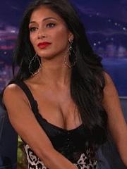 Nicole Scherzinger busts massive cleavage