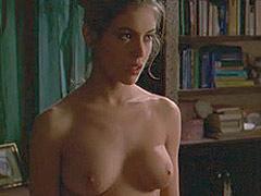 Alyssa Milano showing her very nice big boobs