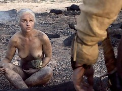 Emilia Clarke Nude Tits Scene From 'Game of Thrones' Ser...