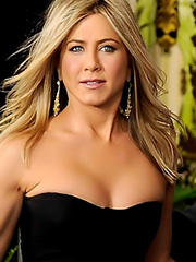 Jennifer Aniston hot cleavage on the red carpet