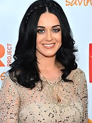 Katy Perry looking beautiful in tight dress
