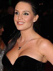 Danielle Lloyd bra is small for her big boobs