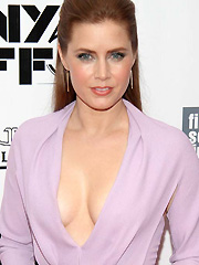Amy Adams drops some seriously sexy cleavage