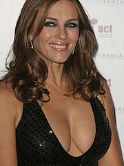 Elizabeth Hurley boobs are looking like a stars