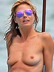 Heidi Klum topless bikini pics on the beach
