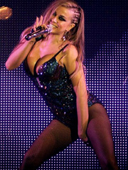 Carmen Electra does some busty performance