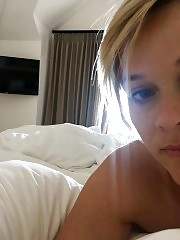 Reese Witherspoon Nude Pics From Her Phone