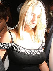 Jessica Simpson hard nipples in black shirt