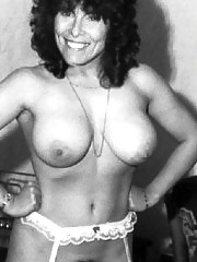 Adrienne Barbeau Nude Pics — This Actress Had Huge Tits !