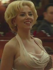 Scarlett Johansson sexy in hitchcock trailer