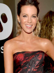 Kate Beckinsale hotness on the red carpet