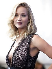 Jennifer Lawrence red carpet In Venice