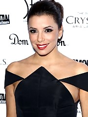 Eva Longoria looks sexy in black dress