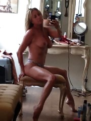 Carrie Keagan Nude Boobs on Topless Photos !