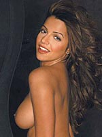 Vida Guerra boobs look great in this sexy bikini